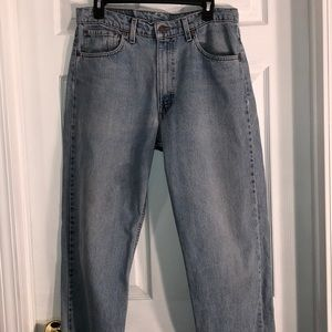 Levi distressed jeans cut off w/raw hem look